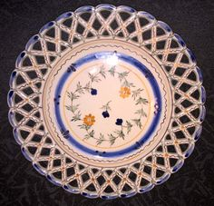 Carvalhinho Porto Reticulated Plate, hand painted