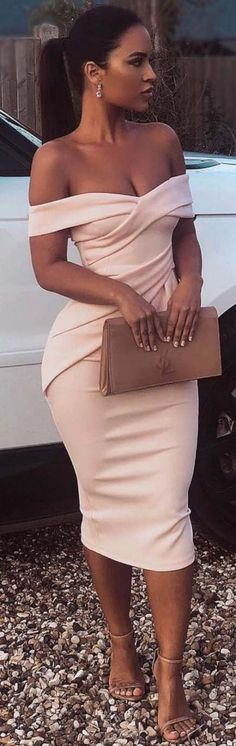 30 Beautiful Fall Outfits You Should Already Own! 30 Beautiful Fall Outfits You Should Already Own! Elegant Dresses, Sexy Dresses, Cute Dresses, Beautiful Dresses, Evening Dresses, Fashion Dresses, Dressy Dresses, Satin Dresses, Classy Outfits