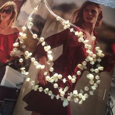 Gourgeous necklace with pearls and stones Very delicate gourgeous Jewelry Necklaces