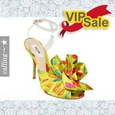 1c1f6cffa13865 セレブ愛用 ☆MOSCHINO☆ GUMMY BEAR SATIN SANDALS