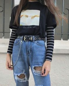 25 Outstanding Grunge Outfits Ideas For Women Outfits edgy outfits Retro Outfits, Vintage Outfits, Indie Outfits, Teen Fashion Outfits, Cute Casual Outfits, Summer Outfits, Fashion Women, Outfits For School, Hipster Outfits For Women