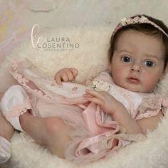 "Reborn Doll Artist since Member IIORA italian Reborn Artist. ""Make Reborn Dolls Art great forever! Baby Chloe, Fake Baby, Silicone Reborn Babies, Newborn Baby Dolls, Reborn Dolls, Animal Crossing, Cute Babies, Sculpting, Kids"