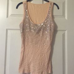 Peaches and cream beaded tank top Selling a peach colored robbed tank with ombré sequin detail by Express. Express Tops Camisoles