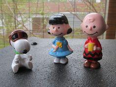 Vintage Charlie Brown Snoopy Lucy Peanuts Play Set PVC Cake