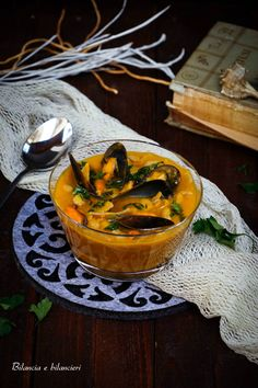 Zuppa di maltagliati con cozze e fagioli cannellini alla zucca