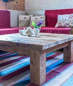 Stolik rustykalny ze starego drewna
