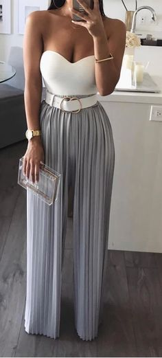 Cute Summer Date NIght Ideas wedding guest outfit Sweetheart strapless jumpsuit with accordian pleated pants Fashion Me Now, Fashion Mode, Look Fashion, Womens Fashion, Latest Fashion, Feminine Fashion, Fashion Black, Fashion Fall, Fashion Photo