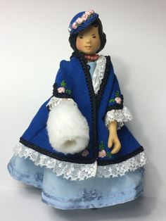 Stockbridge Hitty By Artist Mary Lee Sundstrom Carved Wood Doll Limited Edition