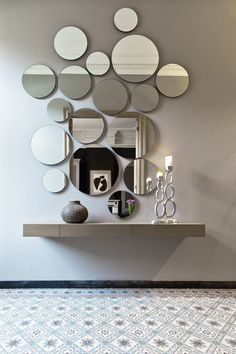 Instead of one why not use several mirrors to create this effect  | www.bocadolobo.com #modernmirror #mirrorideas