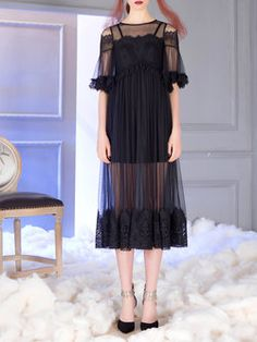 Black Half Sleeve Crew Neck Floral Midi Dress