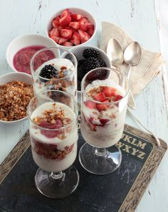 Cool little yogurt parfait bar.  To serve the Favao way we will use plain greek yogurt and proper portions. :)
