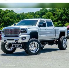 jacked up chevy trucks pictures Lifted Chevy Trucks, Gm Trucks, Chevrolet Trucks, Diesel Trucks, Cool Trucks, Pickup Trucks, Cool Cars, Jeep Pickup, Truck Memes