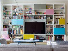 🌟 💖 🌟 💖 The top 50 clever Bookcase Wall Unit, Bookshelves, Interior Decorating, Interior Design, Colorful Interiors, Bunt, Living Room Decor, Family Room, Furniture Design