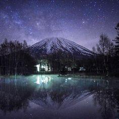 stars 読めます?ジオタグ。 昨夜は星と山を撮りにニセコ方面へ。 途中少し雲が出てしまいましたが、 久しぶりの星空はとてもきれいでした。 ここでインスタグラマーたちと合流。 ○ ○ @ken_go_go ケンゴさん。 初対面でしたが、とても楽しい時間を 過ごさせていただきました。 超秒露光時の熱ノイズの傾向と対策など カメラ談義、写真談義の応酬でした。いやホントに ○ ○ @marubanana 吉田氏。 以前、クリスマスツリーでお会いしてから 果てしない大空と広い大地のその中で、 9ヶ月ぶり2度目の偶然の出会い。 次はどこで会えるのかな。楽しみです。 ○ ○ 久しぶり完徹しんちゃんには 明朝からフライトが控えておりますが、 今夜の美瑛も見逃せない空です。 * * * #Japan_night_view #Lovers_Nippon #ptk_japan #team_JP#team_JP_東 #Loves_nippon #東京カメラ部 #bestjapanpics #PHOS_JAPAN #IG_JAPAN #jp_gallery #s_shot #IGersJP…