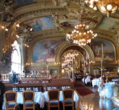 Le Train Bleu in The Gare se Lyon.