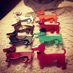 Dog Jewelry, Animal Jewelry, Weenie Dogs, Doggies, Dachshund Art, Do It Yourself Crafts, Love Is All, Fused Glass, Art Gallery