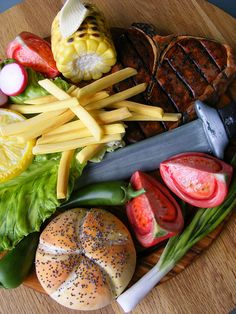 Steak with vegetables, bun and fries cake ... yes, CAKE!! .... by bubolinkata, via Flickr