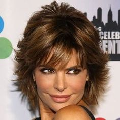 Long Flippy Hairstyles | Lisa Rinna's famous short do is sassy and sexy.