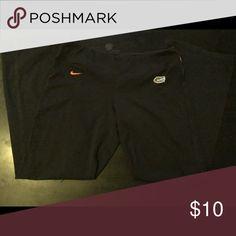 Nike university of Florida yoga pants Nike university of Florida yoga pants. Size xl guc little faded and some cracking in print Nike Pants