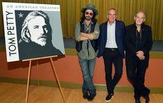 Warner Bros Records - Tom Petty-An American Treasure Jane Benyo, Joker Halloween, Spirit Halloween, Mike Campbell, Travelling Wilburys, Soundtrack To My Life, Tom Petty, Rhythm And Blues, Dibujo