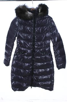$  454.00 (27 Bids)End Date: Dec-27 05:21Bid now  |  Add to watch listBuy this on eBay (Category:Women's Clothing)... Check more at http://salesshoppinguk.com/2017/12/27/moncler-2017-new-aphia-fox-fur-hood-down-coat-jacket-size-1/