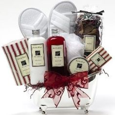 Art of Appreciation Gift Baskets White Mulberry Bathtub Spa Bath and Body Gift Set Valentines Day Baskets, Christmas Gift Baskets, Christmas Decor, Christmas Gifts, Bath Gift Basket, Luxury Hampers, Perfume, Great Wedding Gifts, Gourmet Gifts