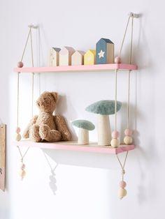 Baby bedroom small shelves new Ideas Kids Bedroom Princess, Baby Bedroom, Baby Room Decor, Nursery Room, Nursery Decor, Bedroom Decor, Bedroom Small, Girls Bedroom Storage, Kids Room Accessories
