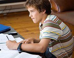 Méthode de travail : comment aider votre enfant à bien apprendre ses leçons ?