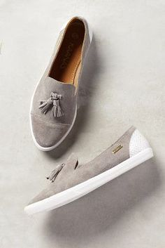 Loafer/sandal/slip-on/canvas/gray -- right in my wheelhouse. I may just have to order a pair for the summer. Pretty Shoes, Beautiful Shoes, Cute Shoes, Me Too Shoes, Paris Mode, Crazy Shoes, Casual Shoes, Casual Loafers, Formal Shoes