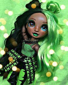 Dc Superhero Girls Dolls, Christina Lorre, Stitch And Angel, Ocean Wallpaper, Rainbow Fashion, Lol Dolls, Ball Jointed Dolls, Black Girl Magic, Rainbow Colors