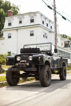 Land Rover.  Series 2 (I think)