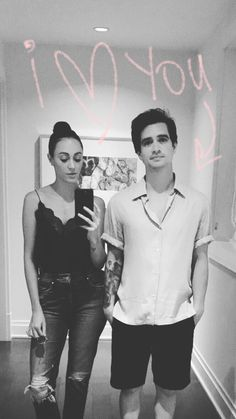 Brendon Urie and Sarah Urie Brendon Urie, Emo Bands, Music Bands, Sarah Smiles, Indie, Rock & Pop, The Wombats, Dallon Weekes, Teen Posts
