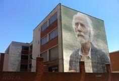 Cada día una foto de Palencia, realizada por ABBÉ NOZAL: Medianera de Javier Krahe en el colegio público Te...