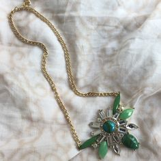 Vintage Inspired Green/Gold Statement Necklace Absolutely stunning!!! Never worn and it's too beautiful to sit on my dresser untouched - make an offer! Jewelry Necklaces