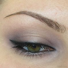EOTD - Soft purple eyeshadow look created with the It Cosmetics Naturally Pretty Palette