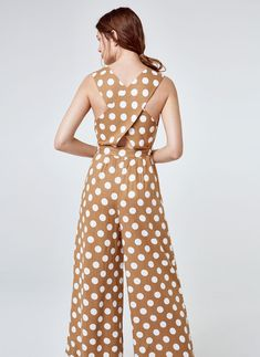 Linen polka dot jumpsuit - Jumpsuits - Ready to wear - Uterqüe United Kingdom Fashion Pants, Boho Fashion, Fashion Dresses, Fashion Looks, Polka Dot Jumpers, Cruise Dress, Designer Jumpsuits, Chic Outfits, Ready To Wear