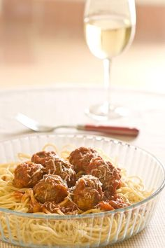 Great sounding spaghetti sauce with Greek-style meatballs