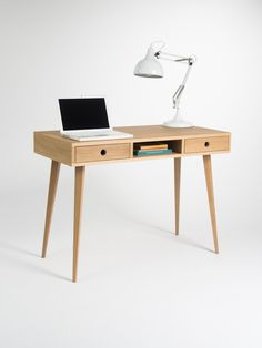 Schreibtisch aus massivem Eichholz in skandinavischem Design/ workspace: wooden writing desk, minimalism, scandinavian design made by MoWoodwork via DaWanda.com
