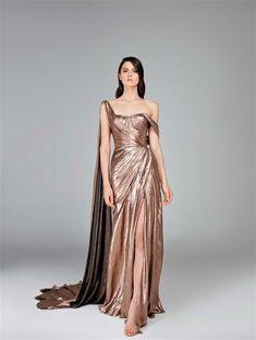 192c07c5c8ae6b2 Prom Dresses, Formal Dresses, Pretty Dresses, Runway, Gowns, Fall 2018,