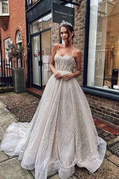 Wedding Dress Shopping, Best Wedding Dresses, Bridal Dresses, Prom Dresses, Gorgeous Wedding Dress, Clueless Outfits, Sexy White Dress, Weeding Dress, Wedding Beauty