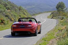 AUTOREVIEWERS.COM | Saying goodbye to an old friend - Mazda MX5 Miata | Auto Reviewers