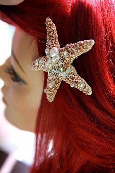 Mermaid-ified starfish hair clips for camp pep rally. Costume Halloween, Halloween 2014, Halloween Makeup, Ariel Halloween, Halloween Stuff, Halloween Ideas, Little Mermaid Parties, The Little Mermaid, Ariel Costumes