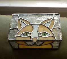 Hey, I found this really awesome Etsy listing at https://www.etsy.com/listing/158322780/stained-glass-multi-purpose-box-with-cat