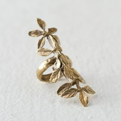 Long Leaf Ring (240 NZD) ❤ liked on Polyvore featuring jewelry, rings, gold, long rings, yellow gold rings, gold leaf ring, gold jewellery and gold ring