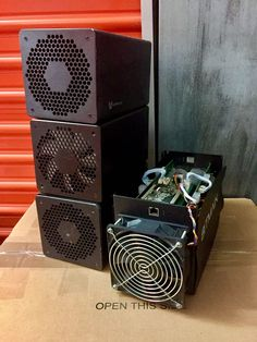 Item specifics     Brand:   Bitmain    Processing Speed (GH/s):   1155     Model:   AntMiner S5    Power Use (W):   560     Mining Hardware:   ASIC   Compatible Currency:  ...