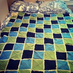 Granny Square Afghan by Allegra Young | Project | Crochet / Blankets & Afghans | Kollabora