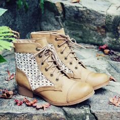 Timberline Lace Boots, Sweet & Rugged boots from Spool No.72   Spool No.72