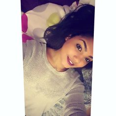 #glamour #girly #girl #frenchgirl #smile #metisse #metissegirl #reunionnaise #iledelareunion #reunionisland #974 #974island #team974 #islandlifestyle #islandlife #reunion #gotoreunion #run #islandreunion #paradise #businessgirl #business #instamoment #instagood #instagram #follow #followme by leaa_ss_makeup_