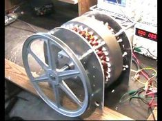 Free energy Magnets Motors - Free energy How To Build - Free energy Projects Videos - - Free energy Videos Flywheel - Electronics Projects, Electrical Projects, Diy Electronics, Wind Power Generator, Diy Generator, Homemade Generator, Battery Generator, Magnetic Generator, Electrical Energy