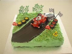 Roary the Racing Car cake